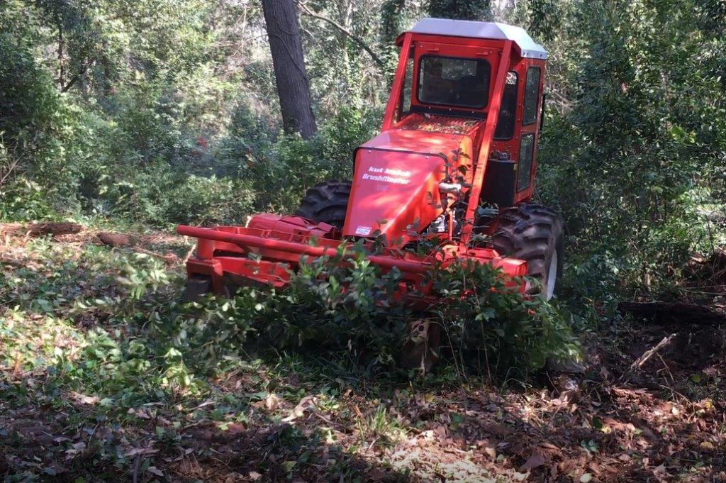 What is the best machine for clearing brush, hillside brush cutter, brush clearing equipment, land clearing